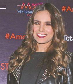 Tania Rincón disfruta de «Hoy» como si fueran vacaciones